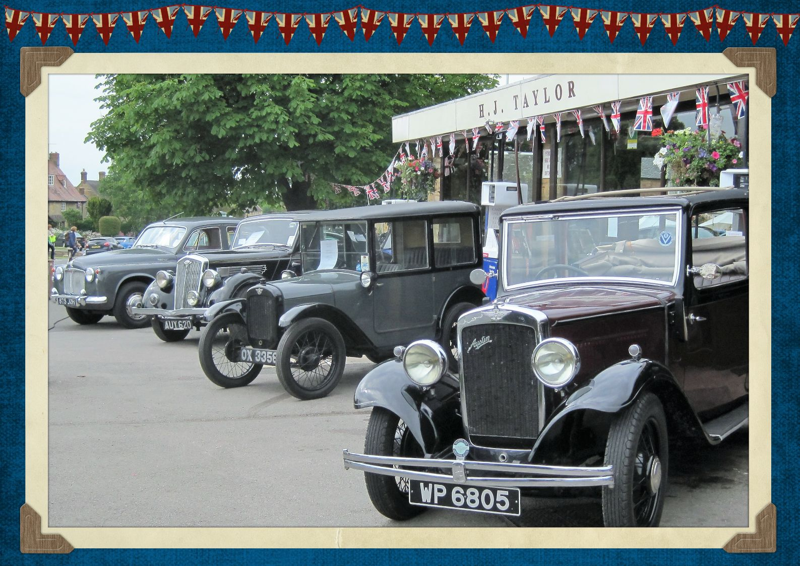 Vintage cars for the Queen