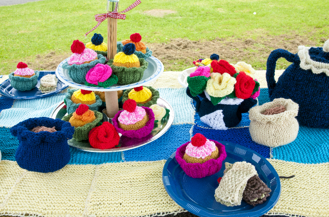 Cakes in wool