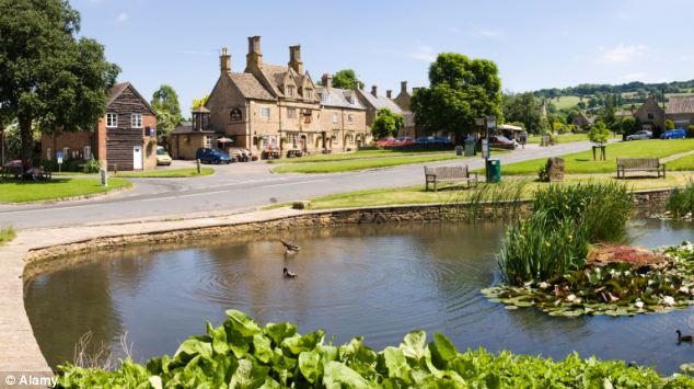 The Bell Inn from the duck pond