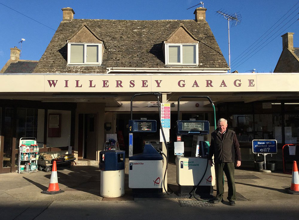 Willersey Petrol Station at front
