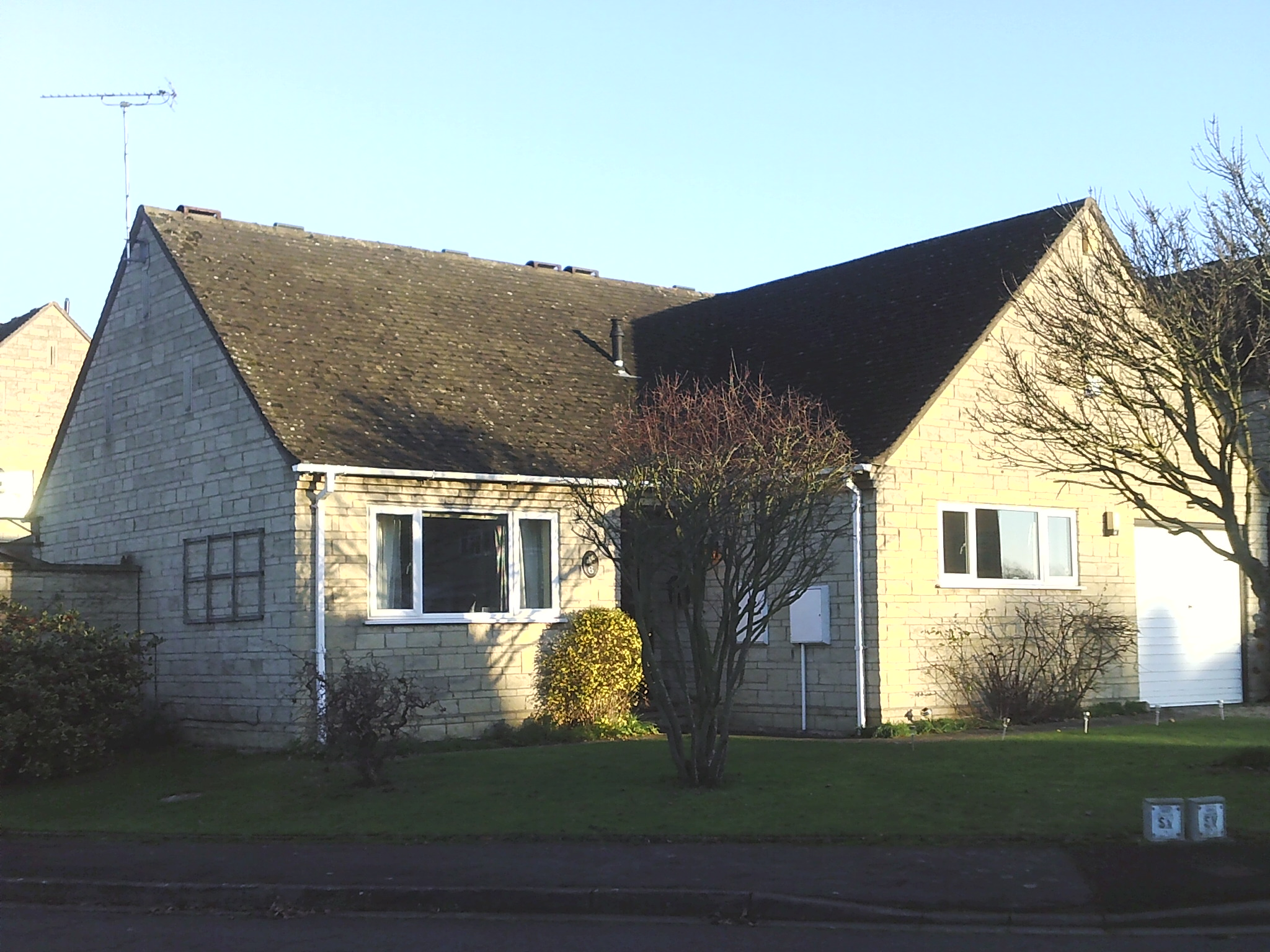 Houses in Field Lane Willersey